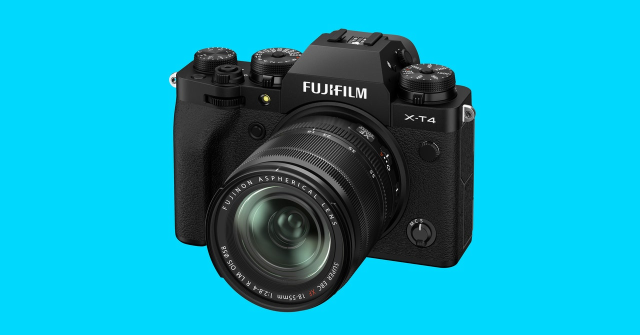 Fujifilm X-T4 Review: The Best of Both Worlds for Hybrid Shooters