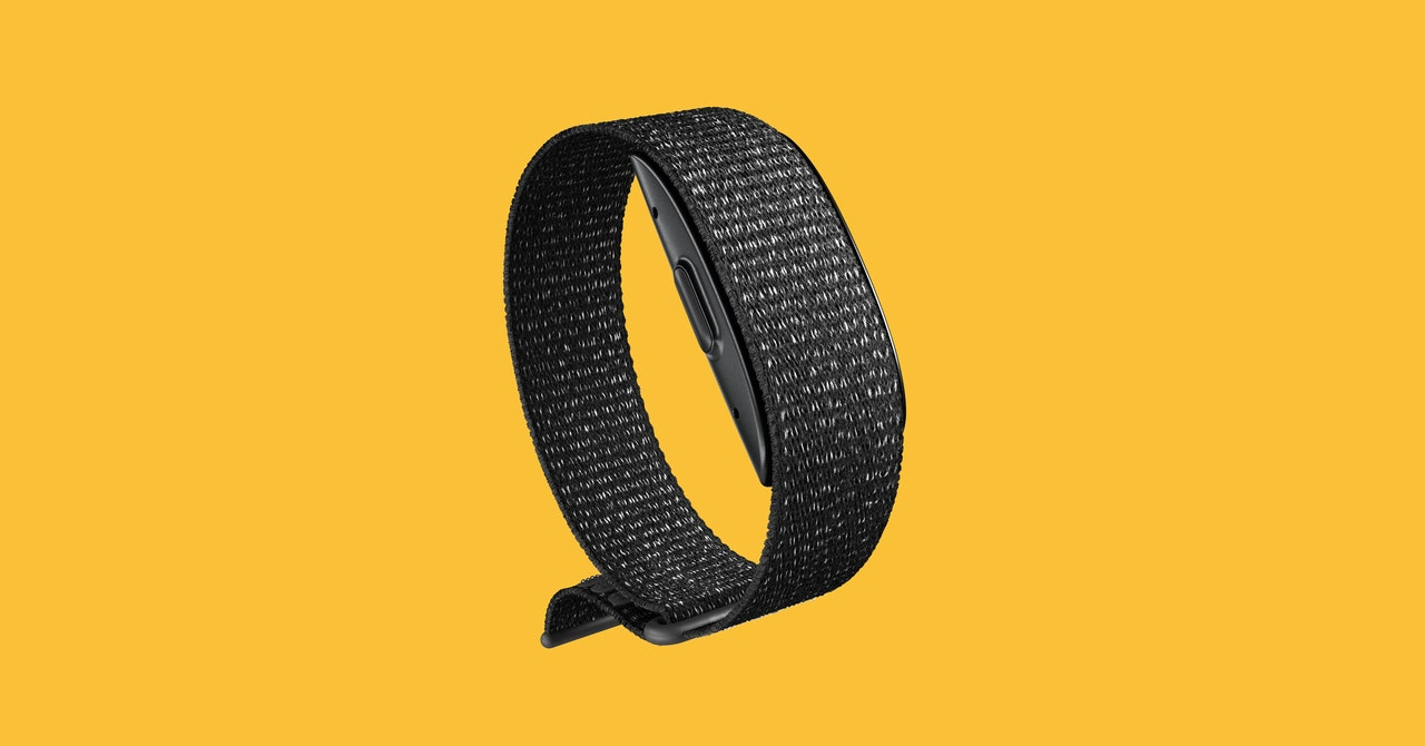 Amazon Halo Fitness Tracker Review: It Teaches You How to Be Nicer (Kinda)