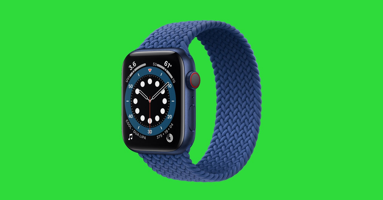 You Definitely Need These 11 Essential Apple Watch Apps