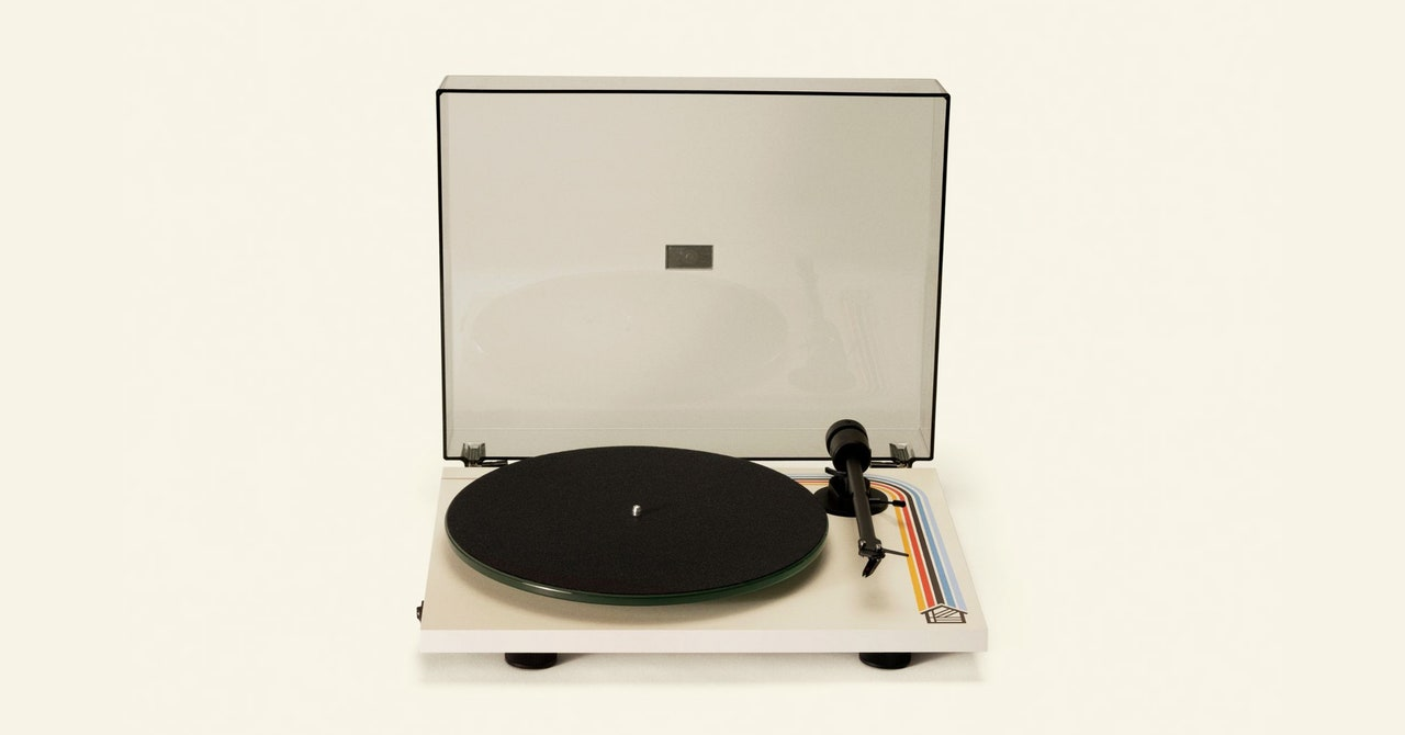 Pro-Ject T1 BT Review (Houseplant Edition): A Visual and Aural Treat